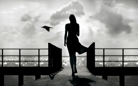 alb-negru.jpg